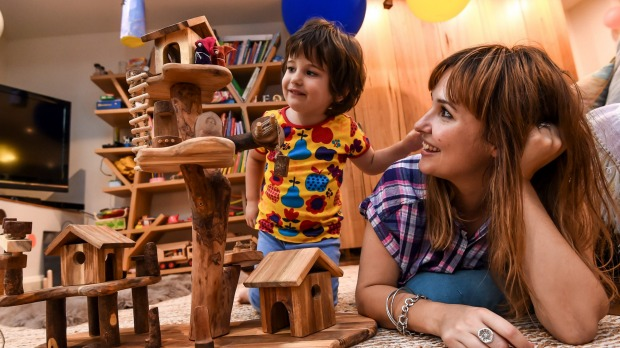 Traditional toys beat gadgets in language development – Steiner Education